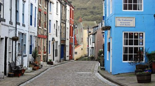 Cottages in Staithes. Cobbled streets