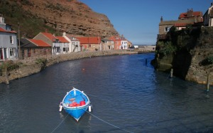 staithesharboursmall-fishing-boat